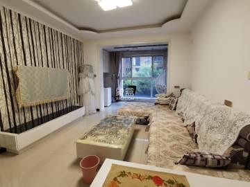 珠江新城  3室2厅1卫    2400.0元/月