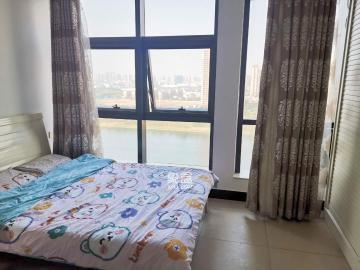 浏阳河风光带**公寓菲莎公馆一线河景随时可以看房