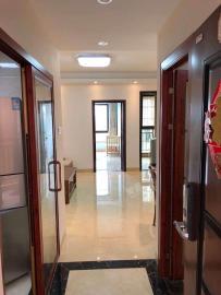 江畔人家  1室1厅1卫    2700.0元/月