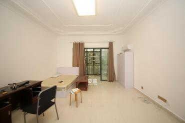 長沙歐洲城  青園小學   4室2廳2衛    **.0萬