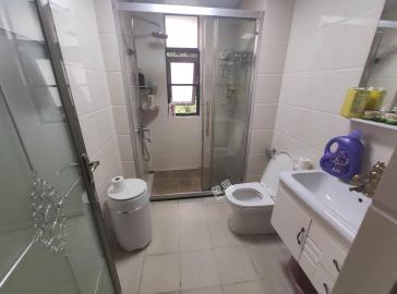 锦地翰城二期  3室2厅2卫    180.0万