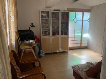 中机公寓  2室2厅1卫    135.0万
