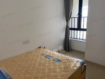 龙昆悦城  2室1厅1卫    3100.0元/月