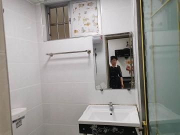 润宝公寓  1室1厅1卫    900.0元/月