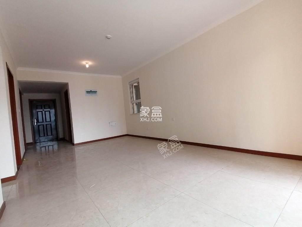 三迪枫丹  3室2厅1卫    165.0万