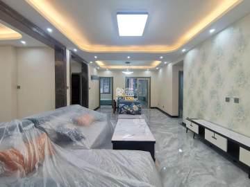金地南湖艺境一期  4室2厅2卫    360.0万
