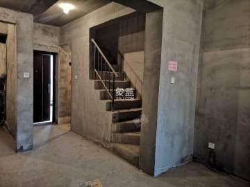 大华曲江公园世家三期  2室2厅2卫    200.0万