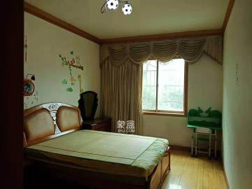 富绅花园  3室2厅1卫    1600.0元/月