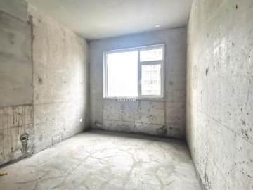 金辉公园里  4室2厅2卫    295.0万