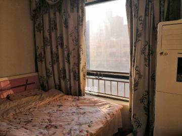 长盛岚庭  1室2厅1卫    1800.0元/月
