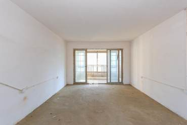 长沙玫瑰园 南北通透 正规大三房 纯毛坯 自由装修 随时看房