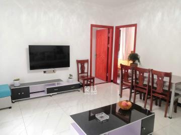 全新精裝兩房出租,地段好,交通便利,月供2200.