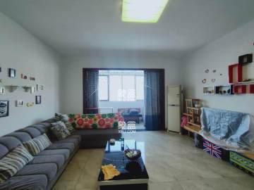 白沙湾精装四房出租,钥匙在手,随时看房,有意致电余宝宝