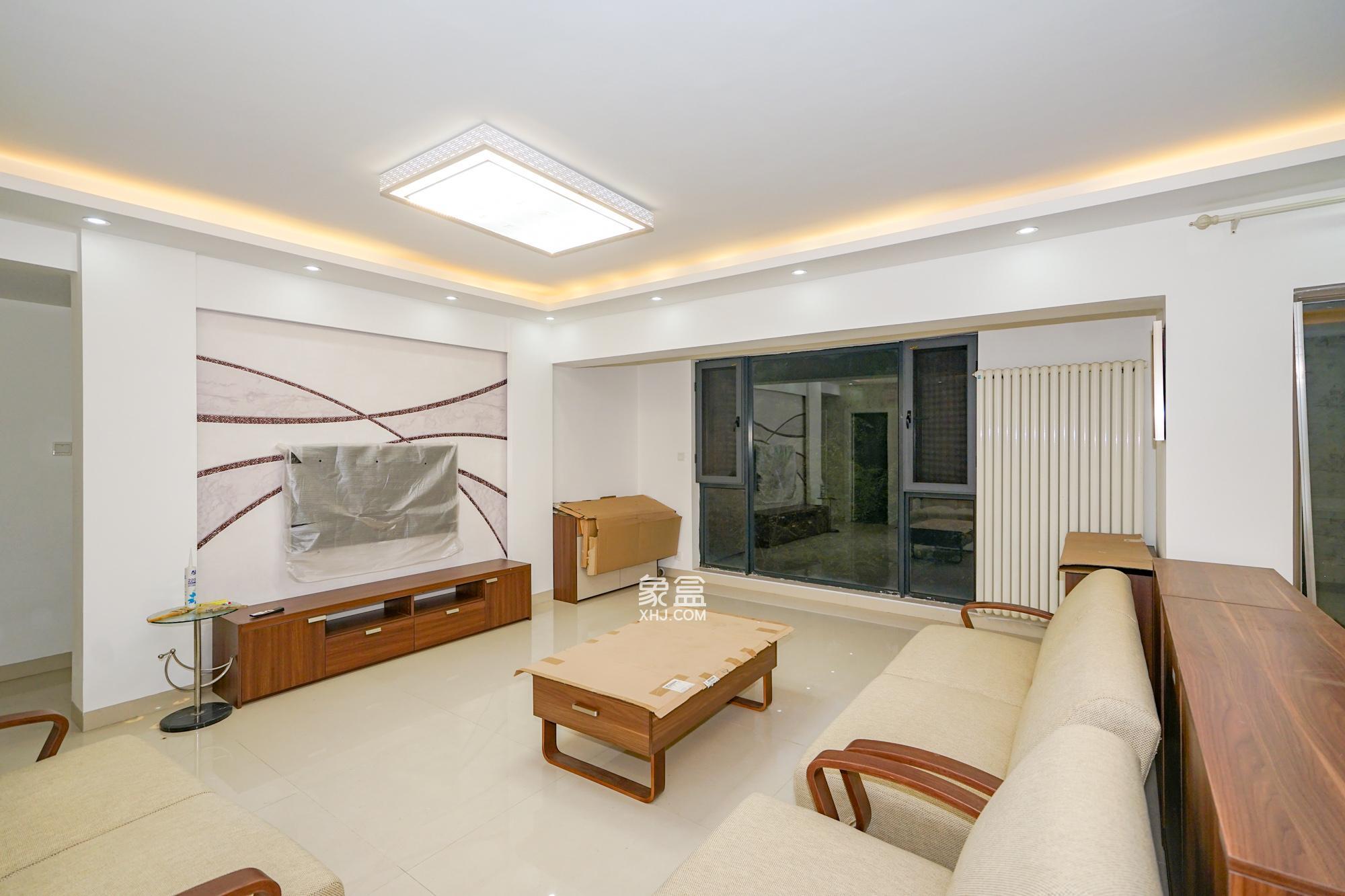 怡海星城  3室2厅1卫    110.0万