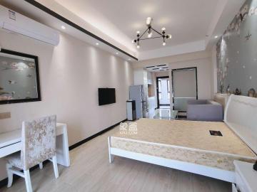 步步高新天地 小清新裝公寓 適合單身小情侶 可直接拎包入住