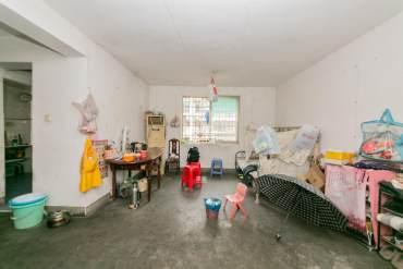 友谊社区(建湘瓷厂住宅小区)  3室2厅1卫    83.0万
