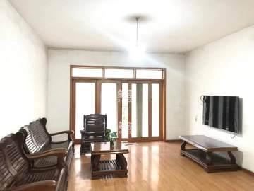 德馨小区 三室二厅1500元/月