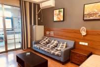 万象国际公寓  1室1厅1卫    2000.0元/月