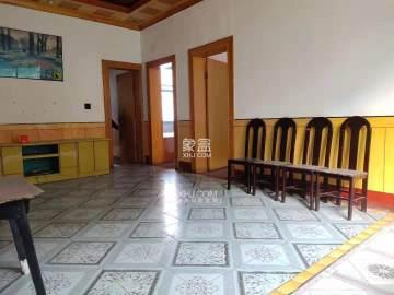 私房新河居委会新河小学旁两间三层  6室3厅3卫    73.0万