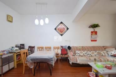 东塘烫金地段,地-铁门口,二楼,拎包入住,价格好谈 先看房