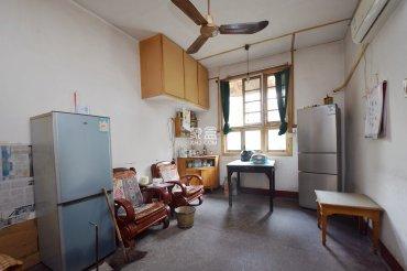 东塘枫树山本部 3楼的房子 诚心出售随时看房 价格可谈