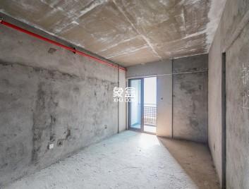 商业公寓,不要资格,纯毛坯对面就是吾悦广场,有钥匙随时看房
