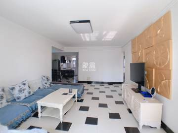 三万英尺 精装好房出租 价格可以大刀