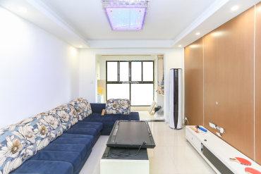 近麓谷 吾悦广场旁  精装小三房带储物间 带全套出售随时看房