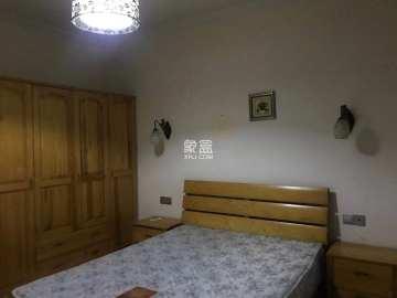 共和世家  3室2厅2卫    3600.0元/月