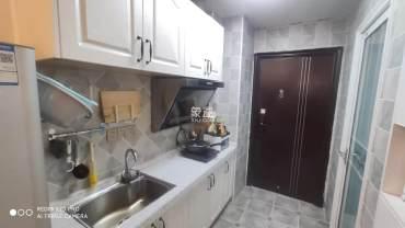 梅溪国际公寓(步步高新天地)  1室1厅1卫    1800.0元/月