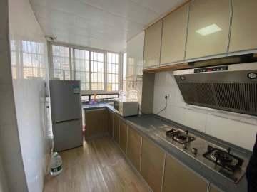 龙王港社区  2室1厅1卫    2700.0元/月