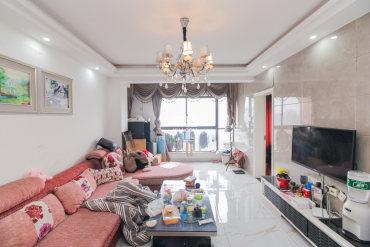 上海城!高性价比电梯三房,居家精装,带全套家具家电,拎包住!