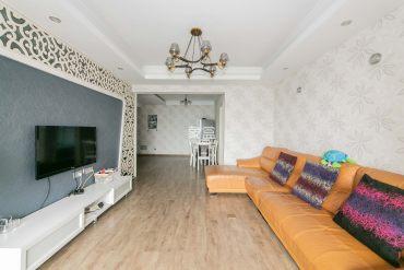 开福寺 凯乐国际 二室二厅 使用面积大 价格可谈 随时看房