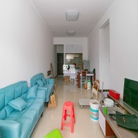 4房2厅1卫,147.57平米 .价格美丽。