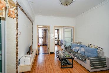 大托精装两房 下楼就是地,铁,口,居家必备的简直不要太好