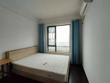 中海国际  4室2厅1卫    2500.0元/月