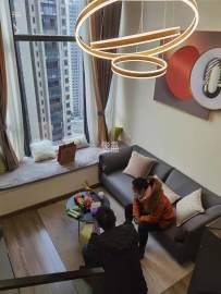 豪装复试公寓 交通便利 配套成熟 拎包入住 随时看房