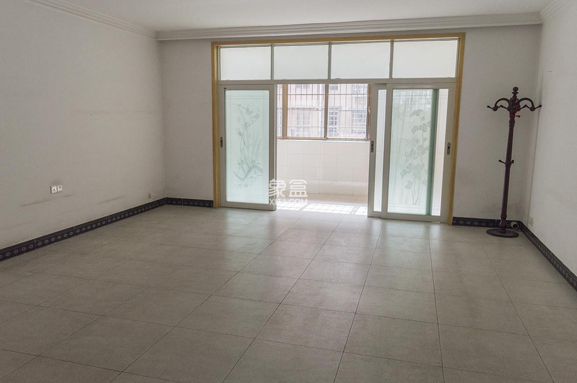 慧泽园  4室2厅2卫    102.0万