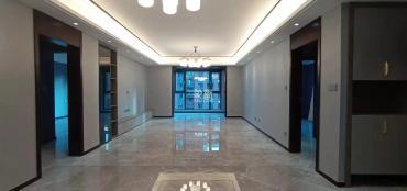 金地南湖艺境二期  4室2厅2卫    370.0万