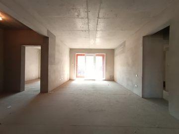 金地南湖艺境一期  4室2厅2卫    350.0万