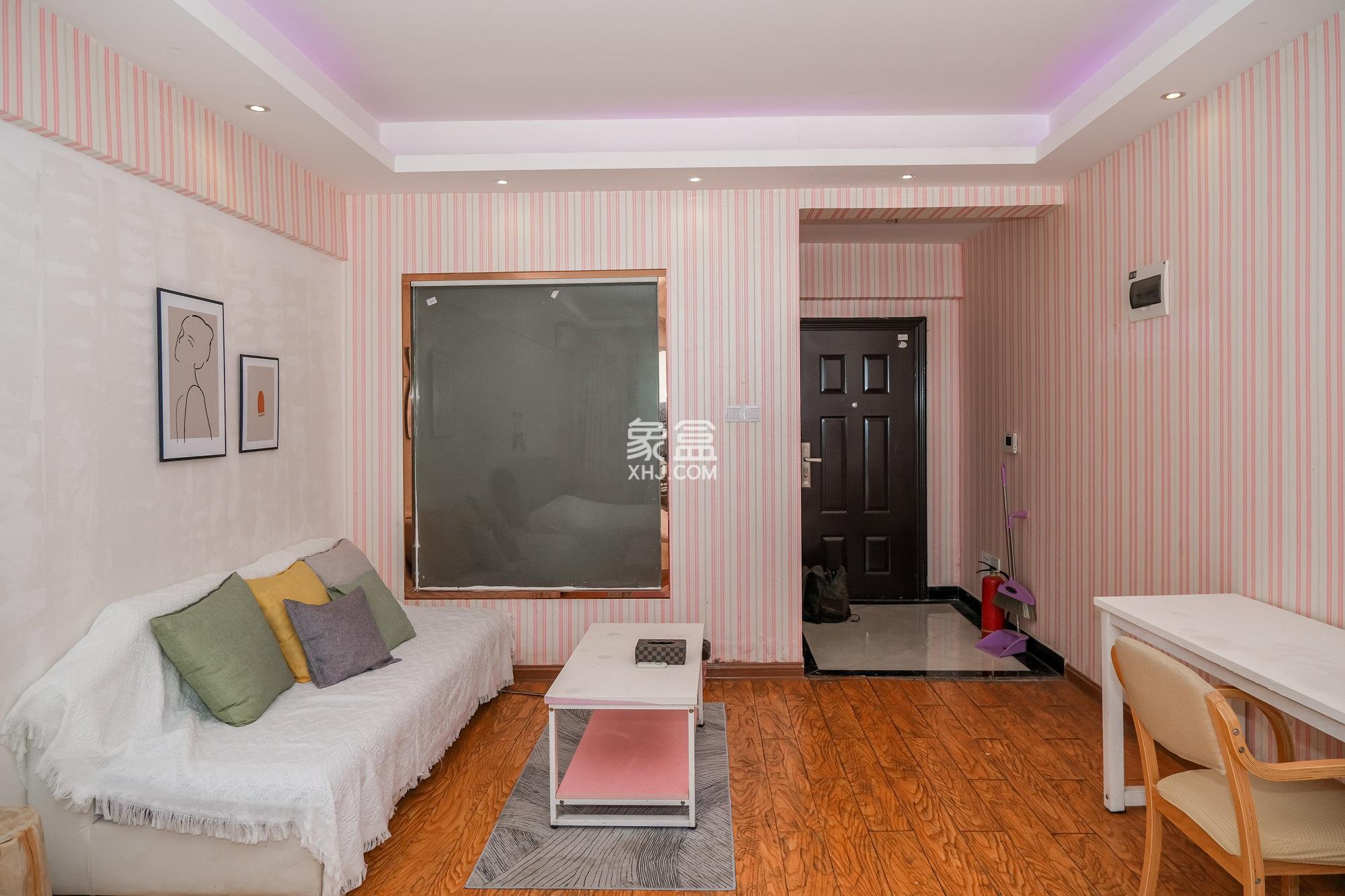 山水湾  步步高楼上精装全套公寓 温馨舒适干净整洁 物美价廉