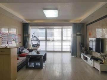 龙凤东宫  3室2厅2卫    111.8万