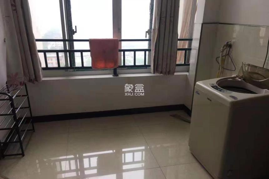 鸿泰国际 两室两厅
