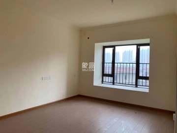 碧桂园豪园  4室2厅2卫    120.0万