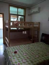 秀峰东路散盘  4室2厅2卫    65.8万