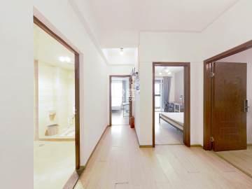 锦绣龙城  2室2厅1卫    146.0万