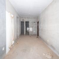 怡海星城  3室2厅 中间楼层 毛坯 靠近中学 随时看房