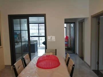 七里桥花苑  2室2厅2卫    52.8万