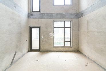实际面积300平,位置好,视野好,随时看房