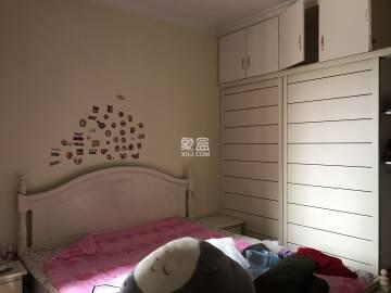 宏宇新城巴萨名门南区  3室2厅2卫    80.0万